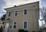 Foreclosed Home en TAPPAN ST, Providence, RI - 02908