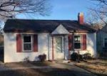 Foreclosed Home en LONG GREEN LN, Hampton, VA - 23663