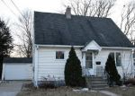 Foreclosed Home en KLAUS ST, Green Bay, WI - 54302