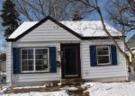 Foreclosed Home en S 73RD ST, Milwaukee, WI - 53214