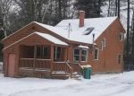 Foreclosed Home en HALF MOON LN, Kingston, NH - 03848