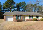 Foreclosed Home en DARREL RD, La Grange, NC - 28551