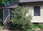 Foreclosed Home en THOMAS AVE, Tuckerton, NJ - 08087