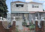 Foreclosed Home en LACOMBE AVE, Bronx, NY - 10473