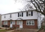 Foreclosed Home en RIDLEY AVE, Folsom, PA - 19033