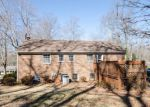 Foreclosed Home en DOGWOOD PL, Lynchburg, VA - 24502