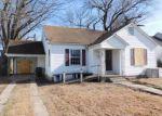 Foreclosed Home en N F ST, Muskogee, OK - 74403