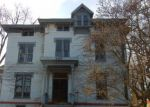 Foreclosed Home en COLLINGWOOD BLVD, Toledo, OH - 43620