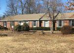 Foreclosed Home en COLLINWOOD DR, Burlington, NC - 27215