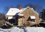 Foreclosed Home en CALIFORNIA ST, Saint Clair Shores, MI - 48080
