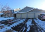 Foreclosed Home en WOODVIEW CIR, Elgin, IL - 60120