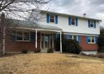 Foreclosed Home en LARCH AVE, East Petersburg, PA - 17520