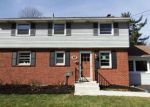 Foreclosed Home en N WHITEHALL RD, Norristown, PA - 19403