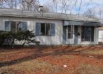 Foreclosed Home en CARDINAL AVE, Granite City, IL - 62040