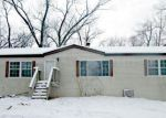 Foreclosed Home en W 950 S, Kouts, IN - 46347