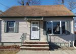 Foreclosed Home en AMSTERDAM AVE, Roselle Park, NJ - 07204