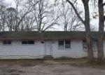 Foreclosed Home en EISENHOWER ST, Lakewood, NJ - 08701