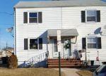 Foreclosed Home en CRAMPTON AVE, Woodbridge, NJ - 07095