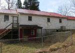 Foreclosed Home en GREENSBURG RD, Hodgenville, KY - 42748