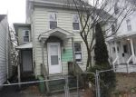 Foreclosed Home en E FOUNDRY ST, Millville, NJ - 08332