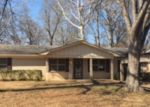 Foreclosed Home en EVANS ST, Henderson, TX - 75654