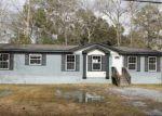 Foreclosed Home en W AVENUE C, Silsbee, TX - 77656
