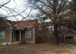 Foreclosed Home en E 10TH ST, Chelsea, OK - 74016