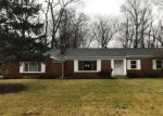 Foreclosed Home en FAIRFIELD DR, Toledo, OH - 43623