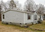 Foreclosed Home en JESS SMITH RD, Sophia, NC - 27350