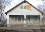 Foreclosed Home en S HARDY AVE, Independence, MO - 64053