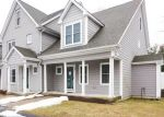 Foreclosed Home en LEES RIVER AVE, Somerset, MA - 02725