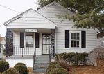 Foreclosed Home en PARTHENIA AVE, Louisville, KY - 40215