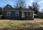 Foreclosed Home en GREENMEADE DR, Kinston, NC - 28501