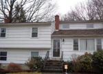 Foreclosed Home en KATHRINE DR, Hamden, CT - 06514