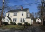 Foreclosed Home en BEAVER AVE, Warwick, RI - 02889