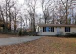 Foreclosed Home en CAPORALETTI DR, Bryans Road, MD - 20616