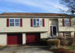 Foreclosed Home en SOLAR DR, Dover, PA - 17315