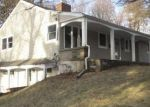 Foreclosed Home en OVERLOOK DR, Warwick, NY - 10990