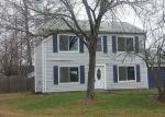 Foreclosed Home en EASTBRIAR CT, Hampton, VA - 23666