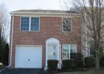Foreclosed Home en SILVER SCREEN DR, York, PA - 17402