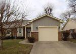 Foreclosed Home en TICEN CT, Beech Grove, IN - 46107