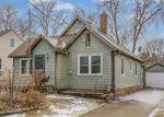 Foreclosed Home en E 12TH ST, Des Moines, IA - 50316