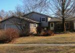 Foreclosed Home en WAVELAND AVE, Gurnee, IL - 60031