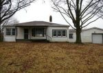 Foreclosed Home en HOLY CROSS RD, Fairview Heights, IL - 62208