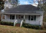 Foreclosed Home en N LEE ST, Whiteville, NC - 28472