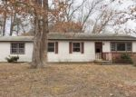 Foreclosed Home en HAYES AVE, Absecon, NJ - 08205