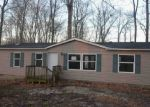 Foreclosed Home en DOGWOOD LN, Poland, IN - 47868