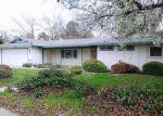 Foreclosed Home en S PINKHAM ST, Visalia, CA - 93292