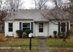 Foreclosed Home en S WOOD ST, Cleburne, TX - 76033