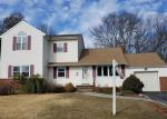 Foreclosed Home en KINLOCH RD, Wantagh, NY - 11793